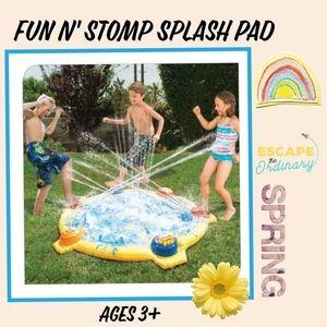 Fun N' Stomp Splash Pad